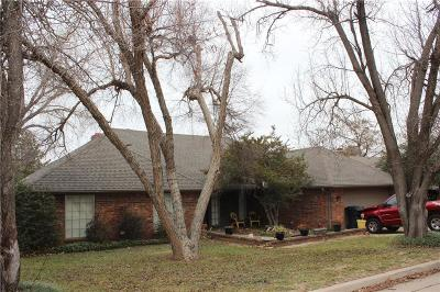Oklahoma City Single Family Home For Sale: 6229 Olde Harwick Circle