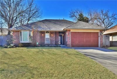 Yukon Single Family Home For Sale: 10009 Carnie Circle