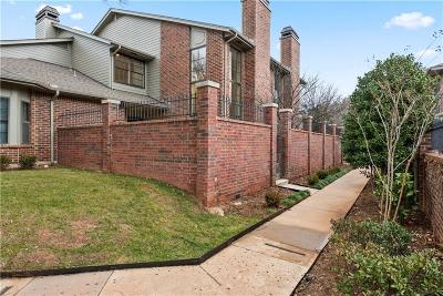 Oklahoma City Condo/Townhouse For Sale: 6208 Waterford Boulevard #94