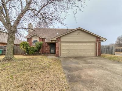 Edmond Single Family Home For Sale: 1405 Del Norte Drive