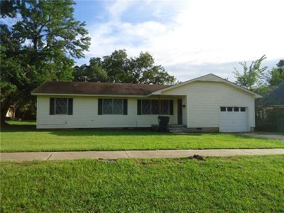 Tecumseh Single Family Home For Sale: 506 E Park Street