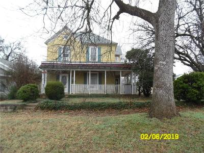 Guthrie Single Family Home For Sale: 803 E Warner Avenue