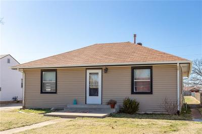 Yukon Single Family Home For Sale: 608 S 9th Street