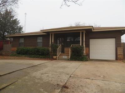 Single Family Home Sold: 1024 S Circle Drive