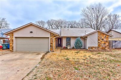 Midwest City Single Family Home For Sale: 1704 Albert Drive