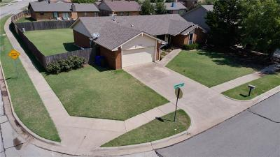 Norman Single Family Home For Sale: 3129 Greenwood Court