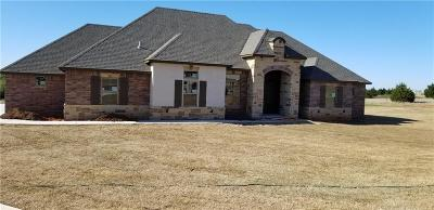 Blanchard OK Single Family Home For Sale: $327,080