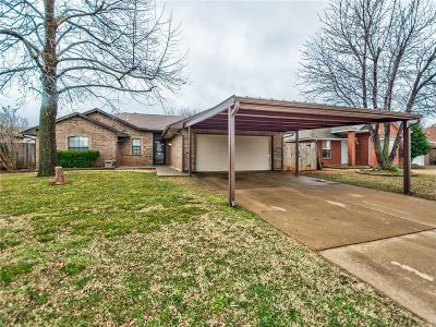 Mustang Single Family Home For Sale: 330 W Crooked Branch Way