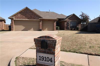 Oklahoma County Rental For Rent: 19104 Canyon Creek Place