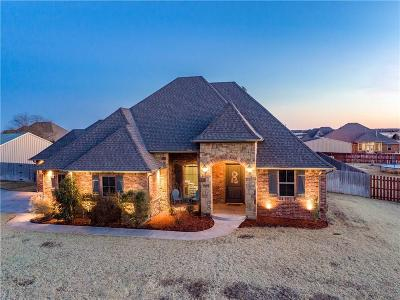 Edmond Single Family Home For Sale: 4652 Hollycrest Lane