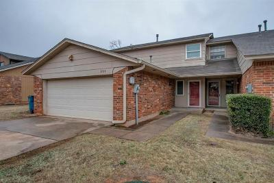 Edmond Condo/Townhouse For Sale: 3724 Summer Cloud Drive