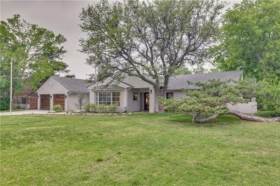 Nichols Hills Single Family Home For Sale: 1717 Dorchester Drive