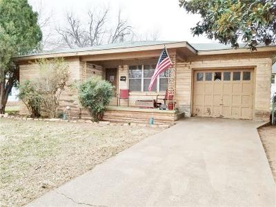 Chickasha Single Family Home For Sale: 212 S 8th Street