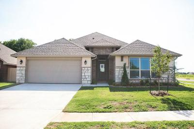Single Family Home For Sale: 13804 Calabria Trail