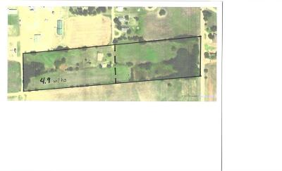 Single Family Home For Sale: 402 S 2nd (4.9 Ac W House) Street