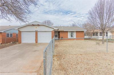 Midwest City Single Family Home For Sale: 9725 NE 2nd Street