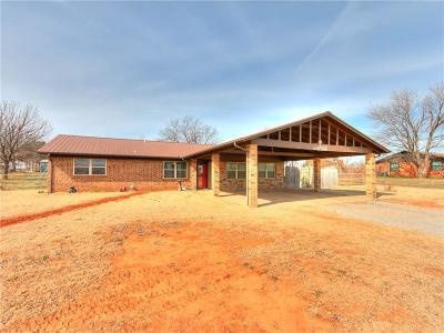 Chickasha Single Family Home For Sale: 2454 State Highway 92