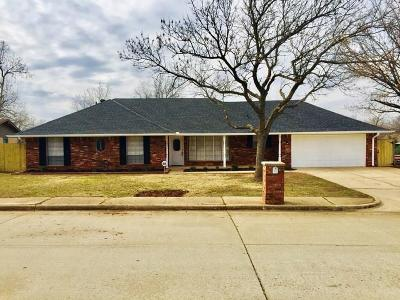 Edmond Single Family Home For Sale: 708 Banner Avenue