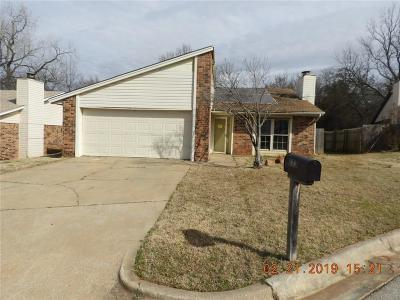 Noble Single Family Home For Sale: 113 Stonewood Drive