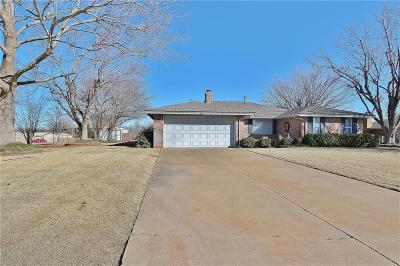 Mustang Single Family Home For Sale: 1847 W Rose Oak Drive