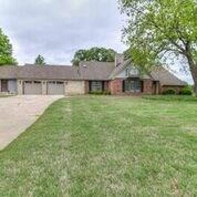 Shawnee Single Family Home For Sale: 65 Granada Drive