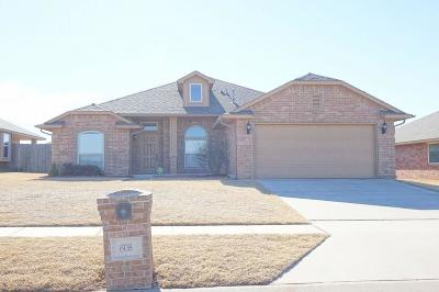 Moore OK Rental For Rent: $1,295