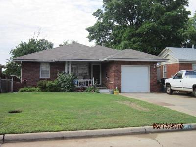 Oklahoma City Single Family Home For Sale: 4004 NW 4637 NW 33 Drive Streets