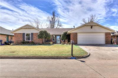 Yukon Single Family Home For Sale: 11500 Carriage Drive