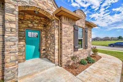 Single Family Home For Sale: 13401 Cross Vine Court
