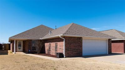 Altus Single Family Home For Sale: 2809 Hunter Pointe