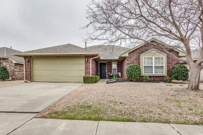 Edmond Single Family Home For Sale: 21841 Pioneer Circle