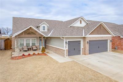 Moore Single Family Home For Sale: 817 NE 21st Street