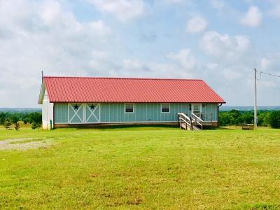 Lindsay Single Family Home For Sale: 20426 E County Road 1550 Road