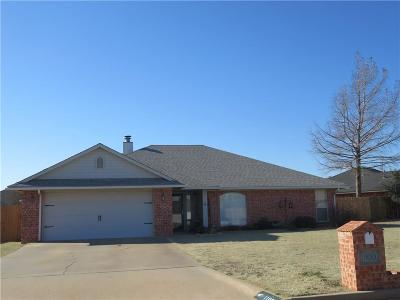 Altus Single Family Home For Sale: 1100 Wendy Lane