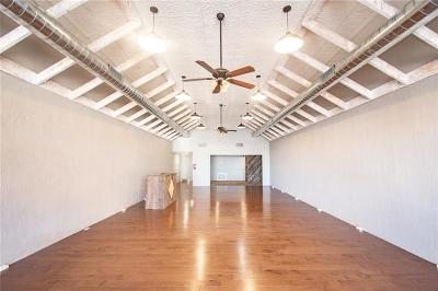 Beckham County Commercial For Sale: 118 W Broadway Avenue