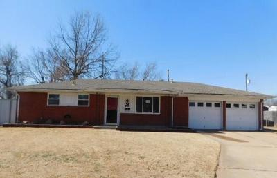 Del City Single Family Home For Sale: 4306 Sunnylane Circle