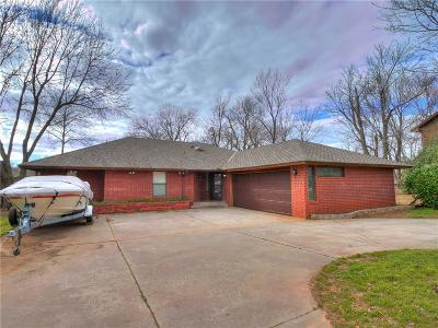 Norman Single Family Home For Sale: 2201 Lindenwood Lane