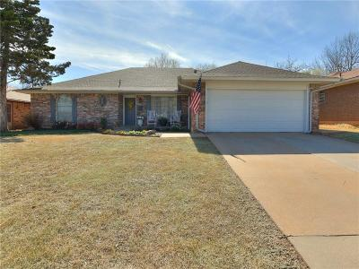 Midwest City Single Family Home Pending: 3421 Ridgehaven Drive
