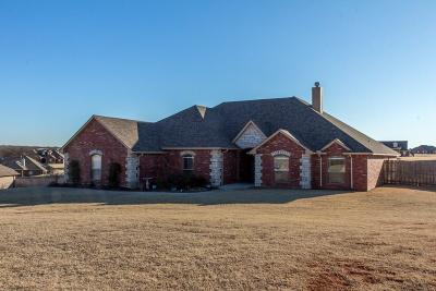 Guthrie Single Family Home For Sale: 1727 Classic Run