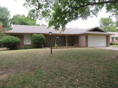 Chickasha Single Family Home For Sale: 139 Sheridan Place
