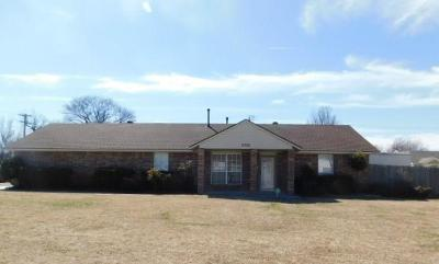 Oklahoma City Single Family Home For Sale: 2300 NW 12th Street