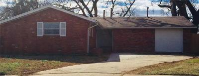 Edmond Single Family Home For Sale: 502 Lanes Turn