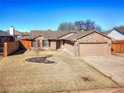 Moore OK Single Family Home For Sale: $132,900