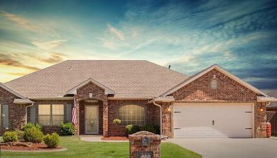 Altus Single Family Home For Sale: 1101 Stephanie Lane