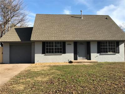 Oklahoma City OK Single Family Home For Sale: $135,900