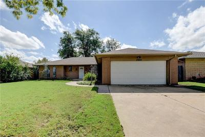 Oklahoma City Single Family Home For Sale: 2604 SW 90th Place
