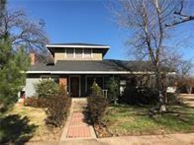 Edmond Single Family Home For Sale: 329 E 5th Street