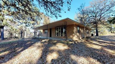 Harrah Single Family Home For Sale: 5700 N Dobbs Road