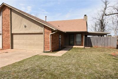 Mustang Single Family Home For Sale: 1719 E Longview Lane
