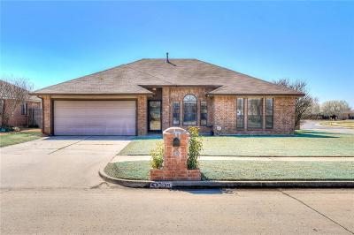 Oklahoma City Single Family Home For Sale: 536 SW 151st Street